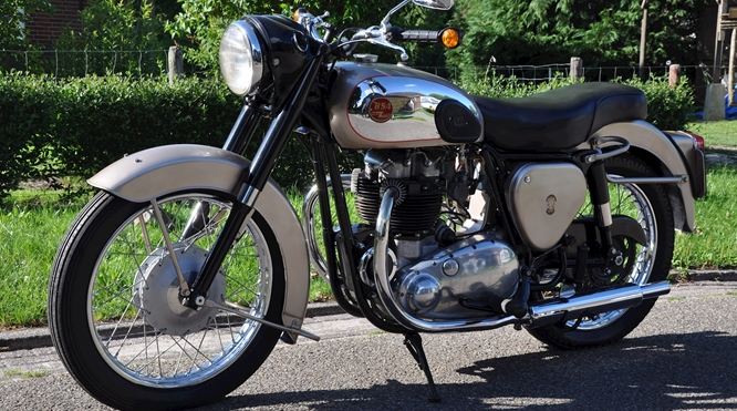 BSA A10 Golden Flash - Verkocht