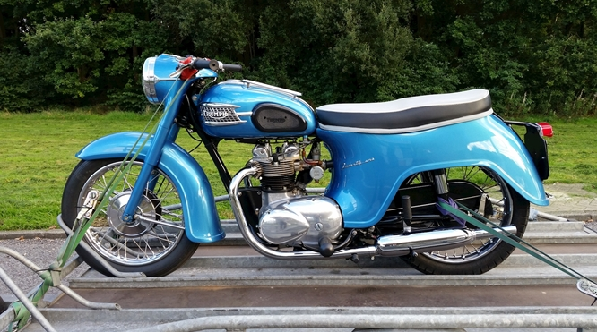 Triumph Twenty One van 1961